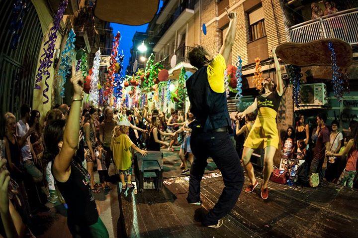 BALLADA DE SWING I CLASSE OBERTA A LES FESTES DE GRÀCIA (carrer Fraternitat de Baix)!
